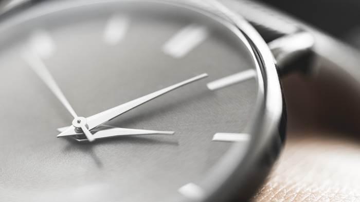 clock 700x