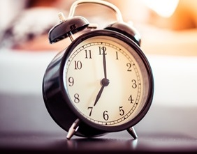 vintage-alarm-clock-and-sleeping-woman-picjumbo-com - Copy